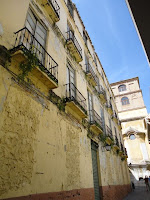 edificio histórico en ruina, calle Marquesa de Moya 9