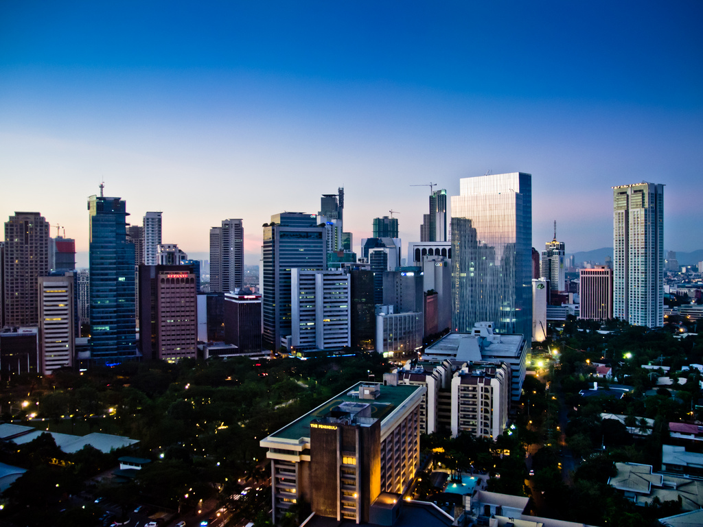 The center of Philippine Economy, the Makati Central Business District is within reach from Breeze Residences.