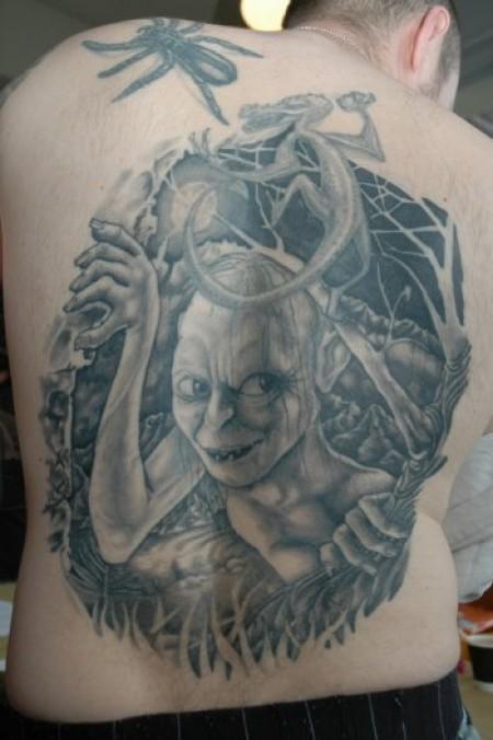 filmes, tatuagens, imagens, cinema, o senhor dos aneis, 25 tatuagens baseadas em filmes, arte corporal cinematográfica, eu adoro morar na internet