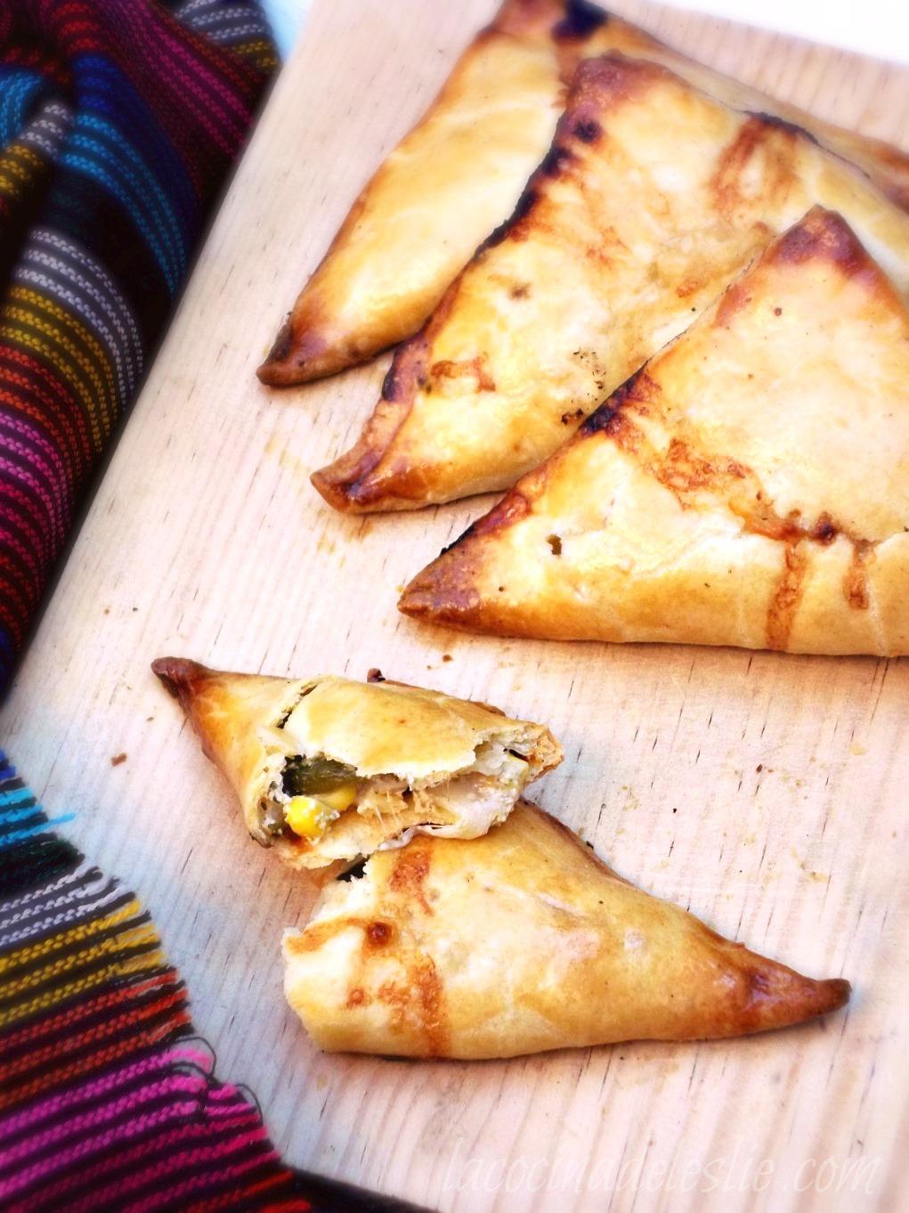 Poblano Chicken Empanadas {She Made/Ella Hace} - La Cocina de Leslie
