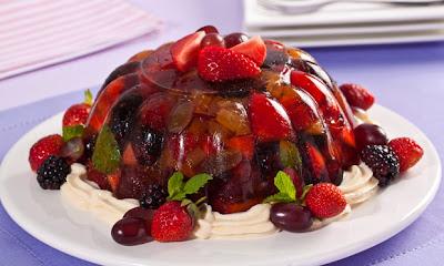 Gelatina de frutas vermelhas com maracujá light
