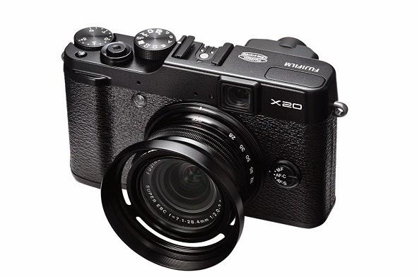 Fotografia della Fujifilm X20 nella veste nera