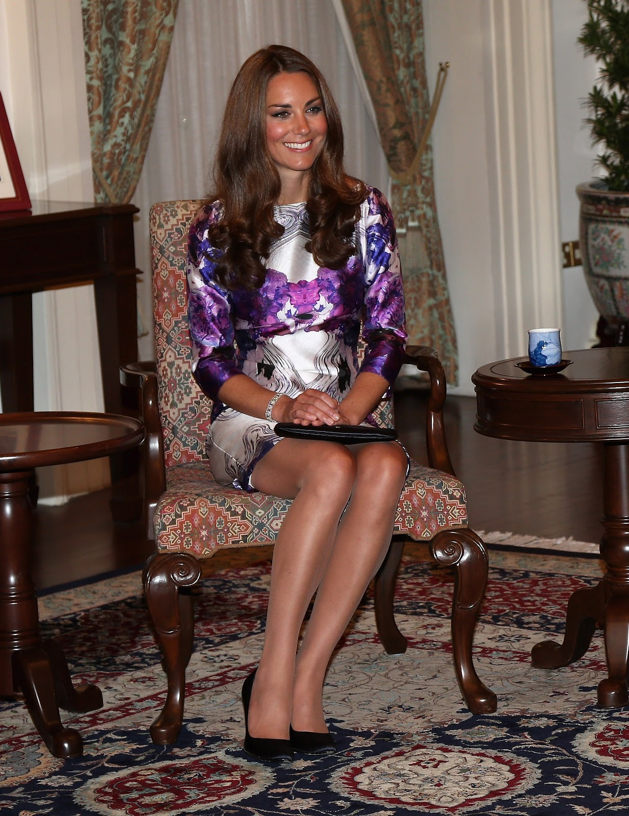 Kate Middleton Trademark Nude Tights At The Dinner At