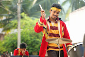 Vundile Manchikalam Mundumunduna movie stills-thumbnail-11