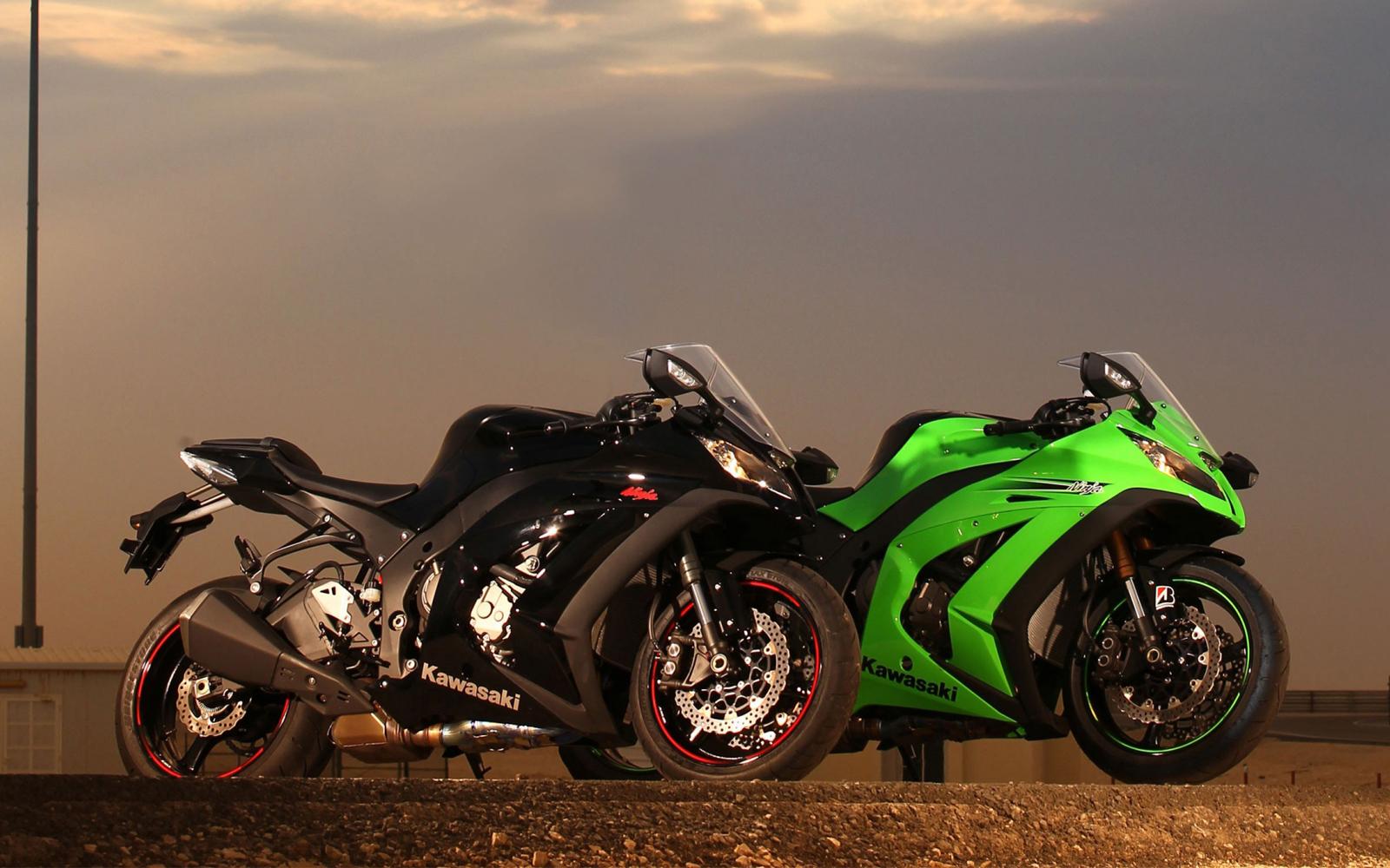 http://3.bp.blogspot.com/-Y5yMjghpW7g/ULs76ZJNYTI/AAAAAAAAXkE/glRzXhwDjbc/s1600/Kawasaki+Ninja+ZX-10R+17.jpg