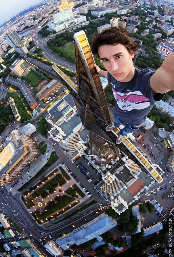 30 φωτογραφίες με ανθρώπους που παίζουν με το θάνατο!