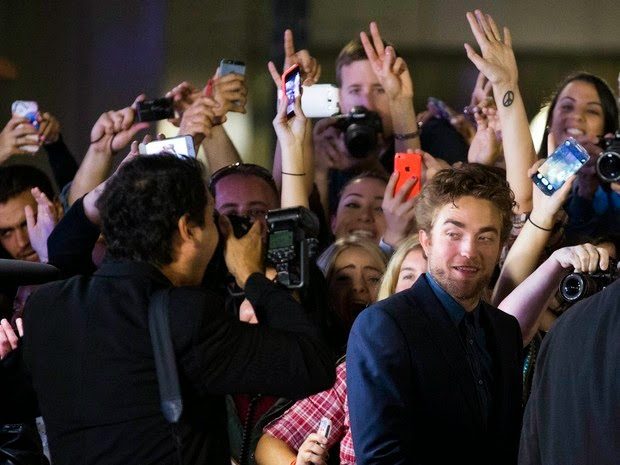 Robert Pattinson causes riot at film festival in Canada