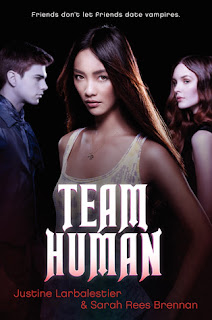 Review of Team Human by Sarah Rees Brennan and Justine Larbalestier published by Harper Teen