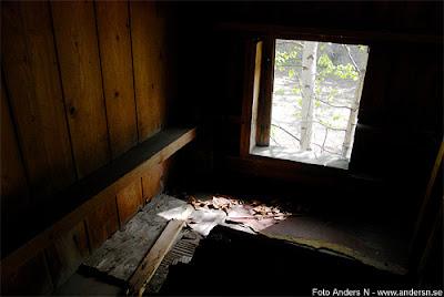 biljettluckan i uddevalla, foto anders n, bljettlucka, hål i väggen, bohuslän, foto anders n