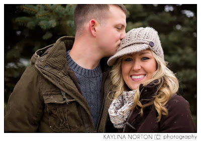 Snowy Engagement Pictures