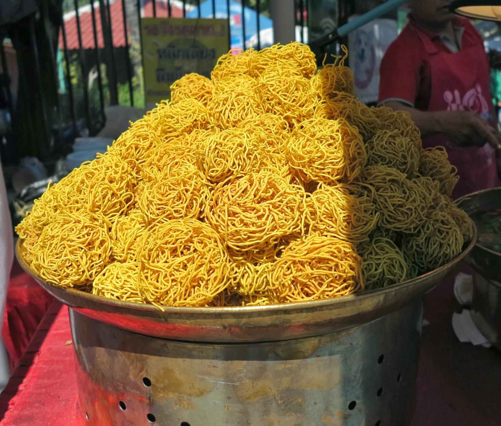 ByHaafner, street food Thailand, noodles