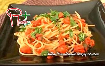 Spaghetti Pomodorini Rucola e Pinoli di Cotto e Mangiato