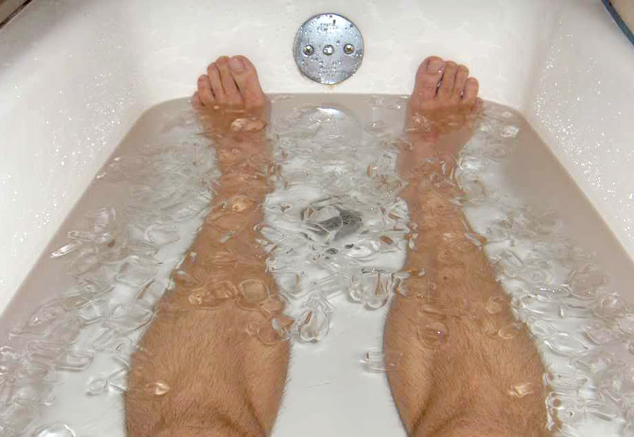 How to do an ice bath and is it worth it tall guy running for Bathtub for tall people