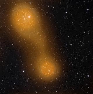 Газовый мост между скоплениями галактик A399 и  A401