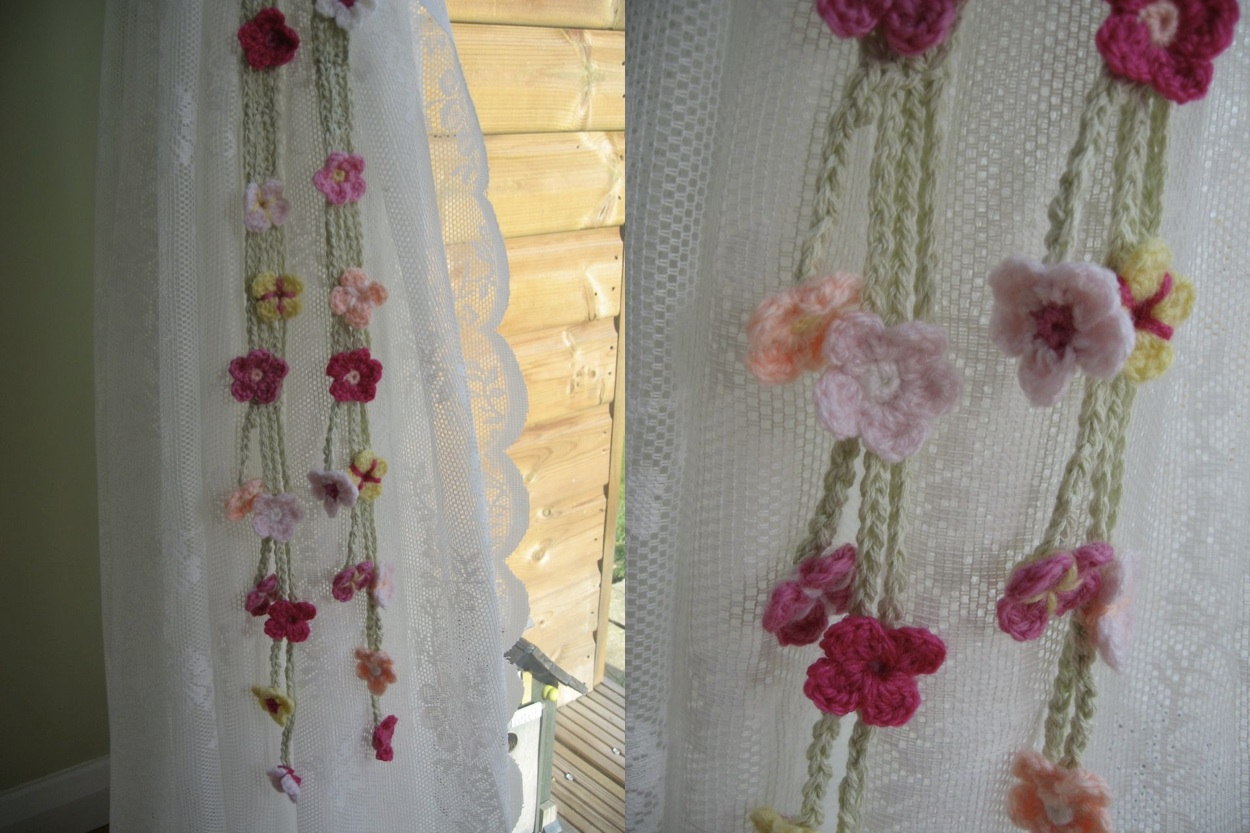 Free Crochet Pattern Flower Curtain : Garden Curtain Ties