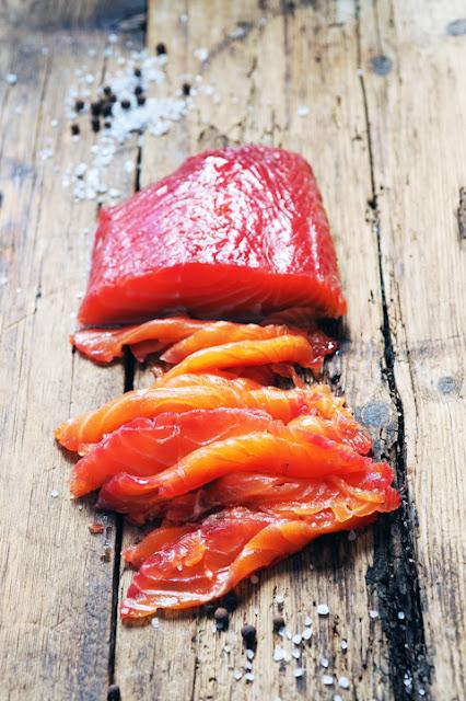 Quand un saumon rencontre une baleine... Gravlax très coloré aux légumes et aux épices...