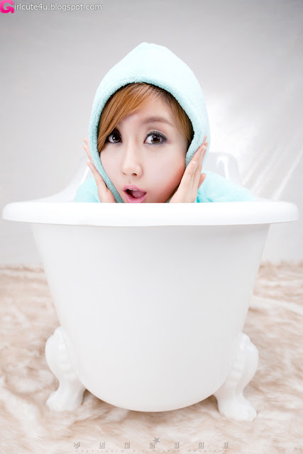 8 Choi Byeol Yee and Bathtub-very cute asian girl-girlcute4u.blogspot.com