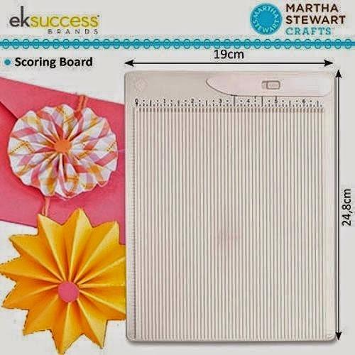 http://www.ebay.de/itm/Falzbrett-mini-scoring-board-inch-Martha-Stewart-eksuccess-19x24-8cm-EK42-05013-/191144427631?pt=Bastelmaterialien&hash=item2c8118806f