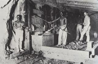 Underground loading in the Kimberley Mine in 1894.