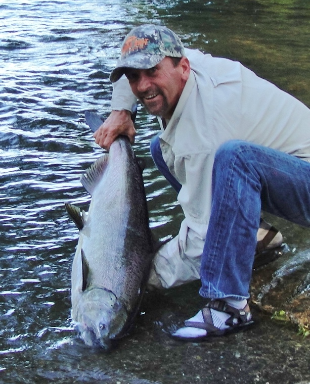 Oregon fishing guide, Rogue river fishing guide, fishing the Rogue, Chinook salmon