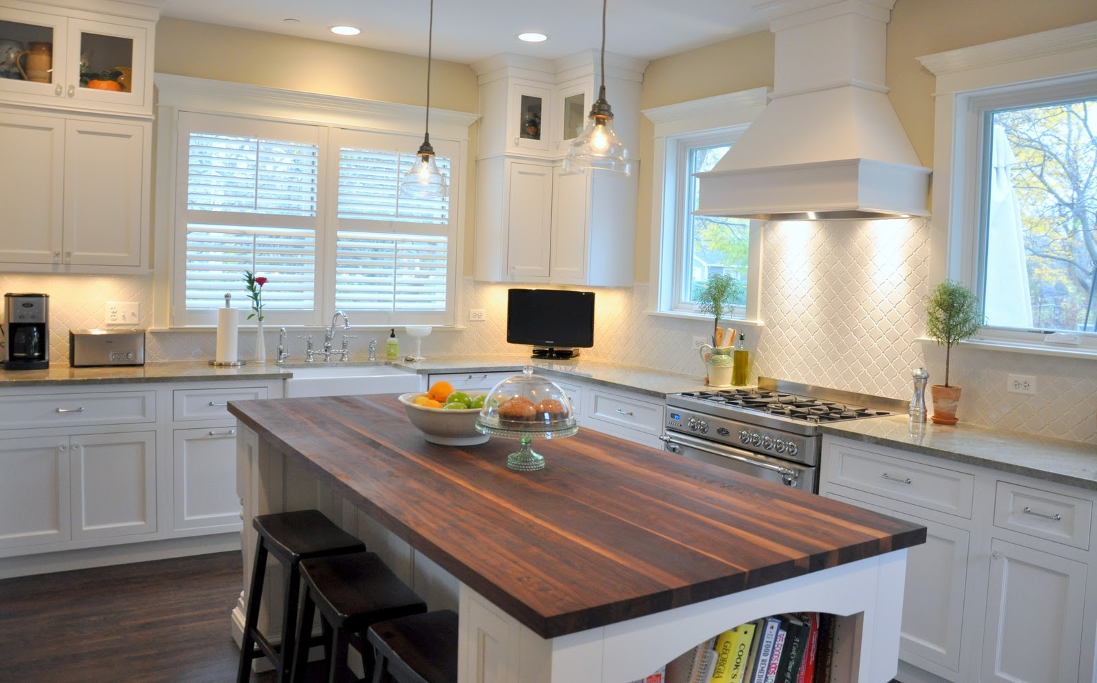 they chose the lantern tile backsplash because it was different than