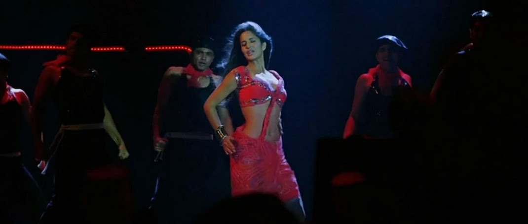 Katrina Kaif HOT Stage Performance Pics