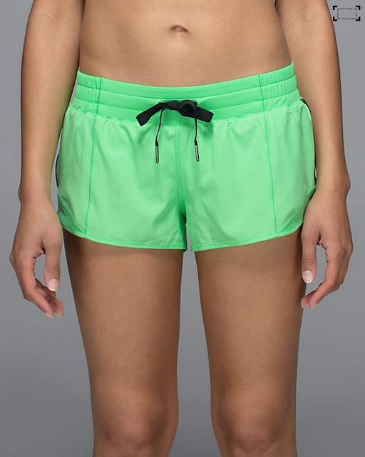 http://www.anrdoezrs.net/links/7680158/type/dlg/http://shop.lululemon.com/products/clothes-accessories/shorts-run/Hotty-Hot-Short?cc=18726&skuId=3613532&catId=shorts-run