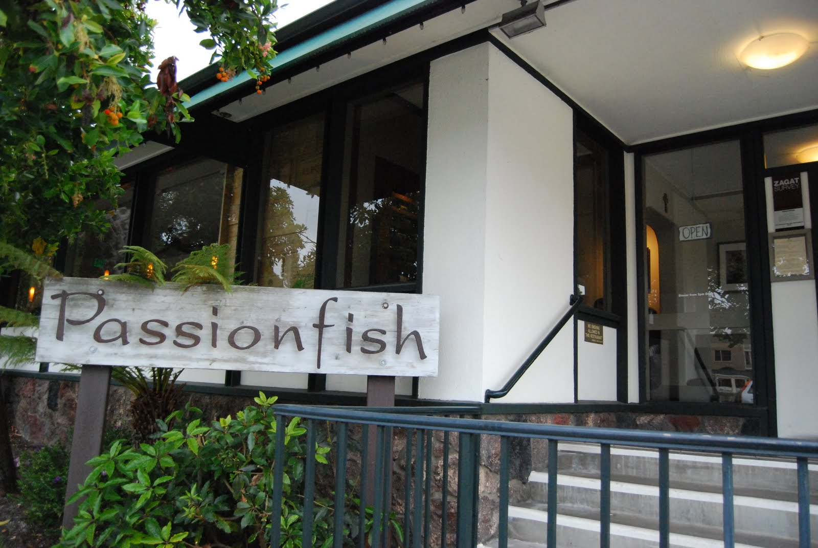 Passionfish dress code for Passion fish monterey