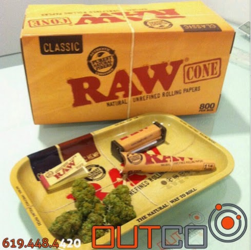 The History Behind RAW Rolling Papers