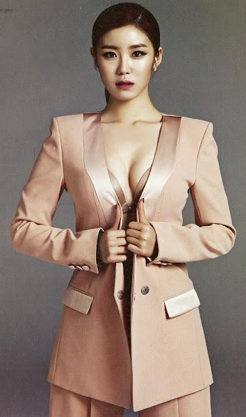 Hyoseong Esquire May 2014