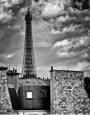 http://fredlyon.photoshelter.com/gallery-image/Paris/G0000YNyTgzVFVoY/I0000mTAT1ARMHjI