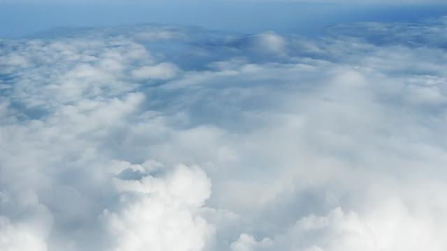White Cloud Blanket