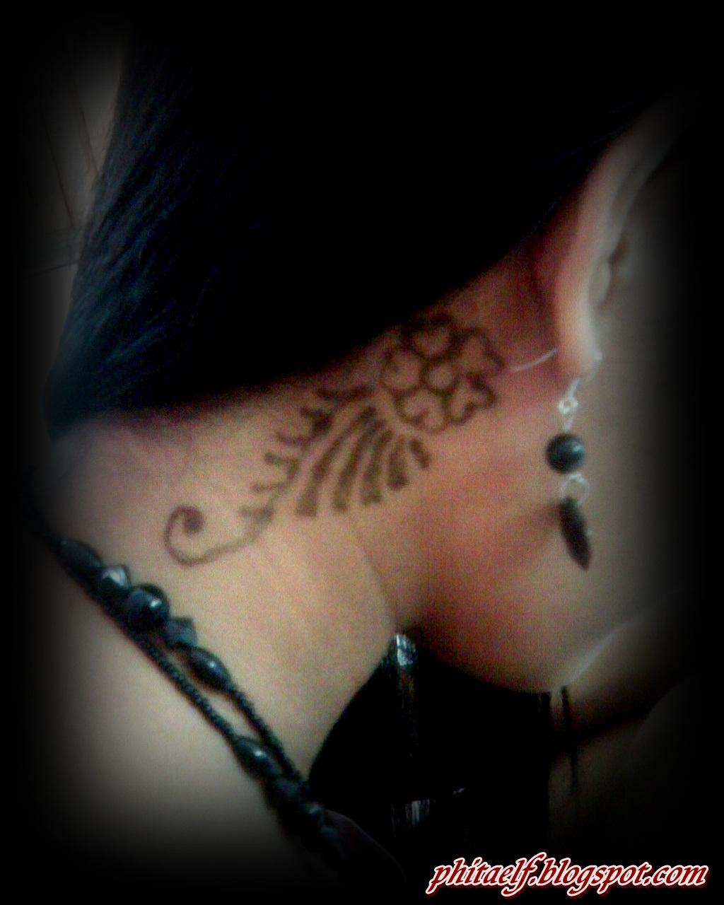 Emy Novitasari Mehndi Or Mahendi Or Henna