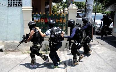 Pasukan Densusu 88 menyergap teroris