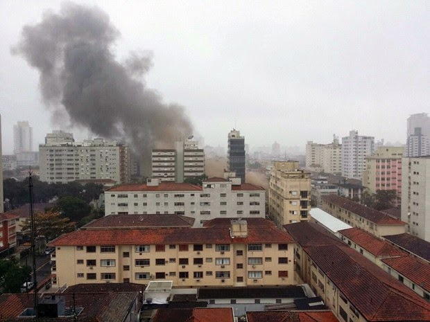 Eduardo Campos morre em acidente de avião