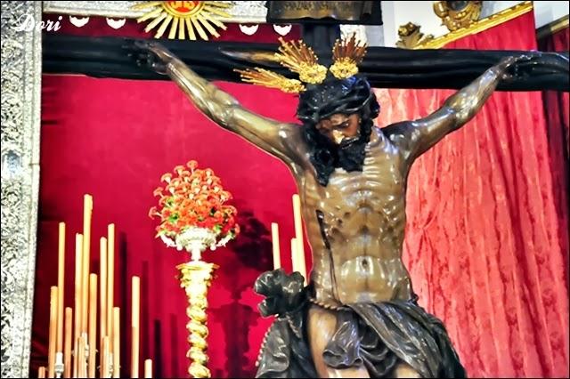 Besapiés al Cristo de la Buena Muerte de La Hiniesta 2014