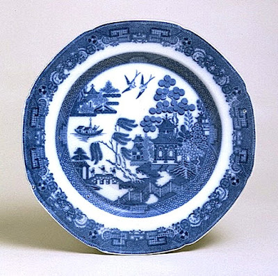 Spode Willow pattern plate c1800