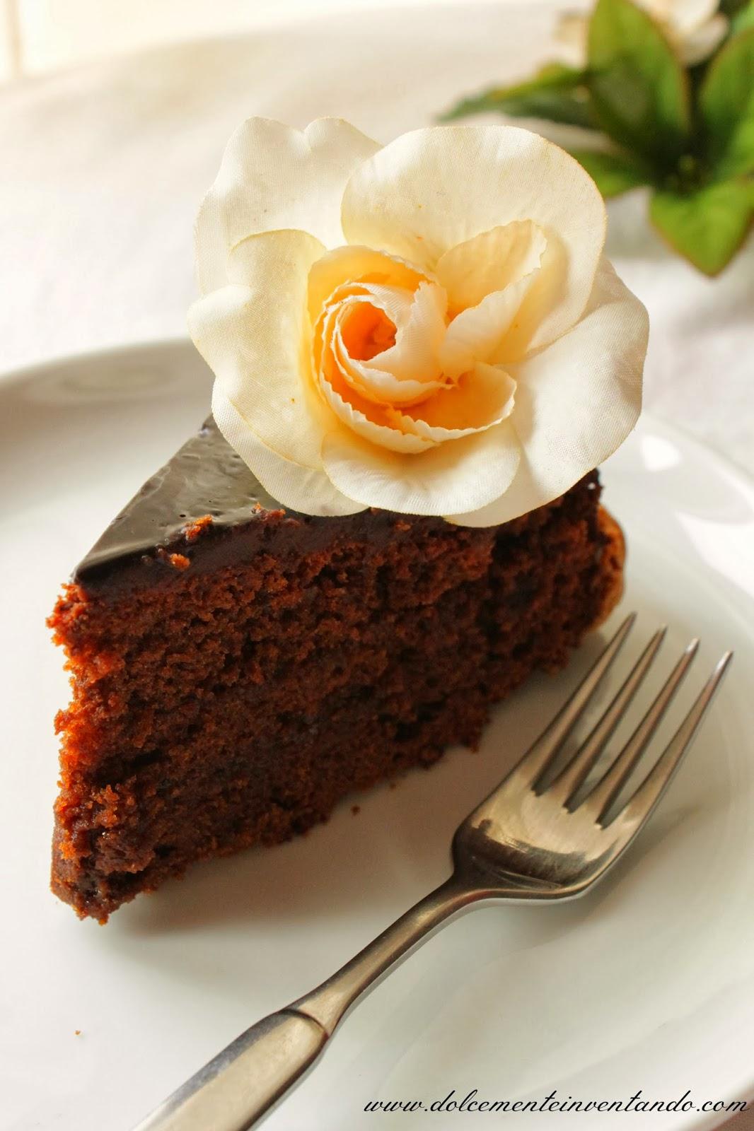la torta che farei ad occhi chiusi e 2 anni di blog...