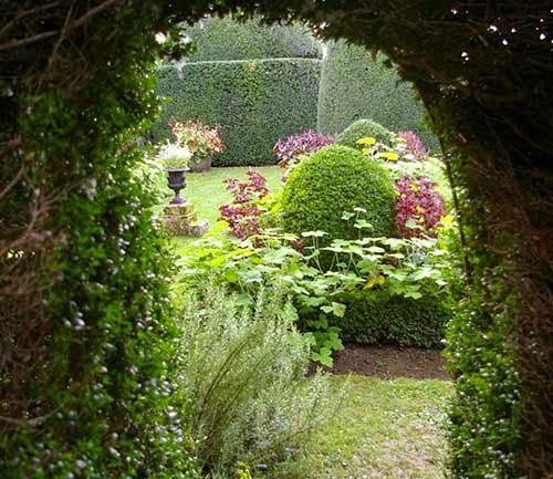 El jardín olvidado (Kate Morton) -- Laberinto