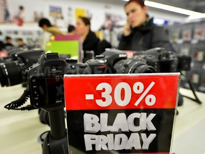 Reduceri Black Friday 2013 Aparate foto compacte si Camere Video