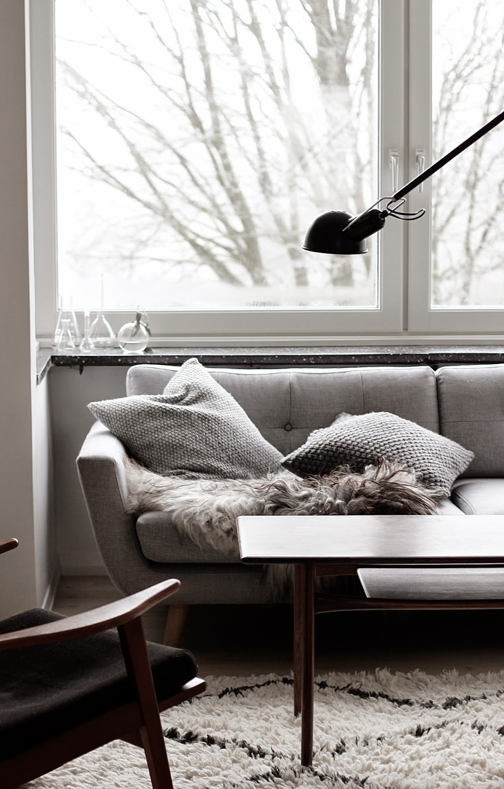 scandinavian interior, living room space, via http://www.scandinavianlovesong.com/