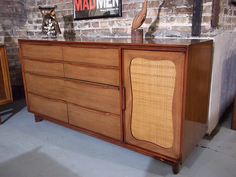 Retro Mahogany Bedroom Furniture