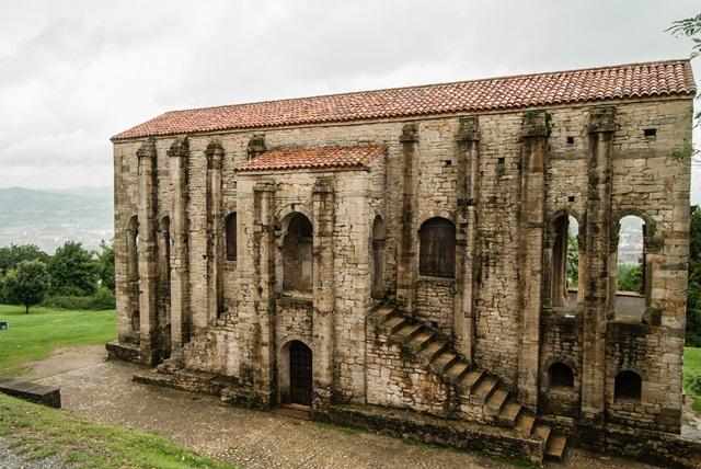 Santa María del Naranco - Oviedo - Asturias