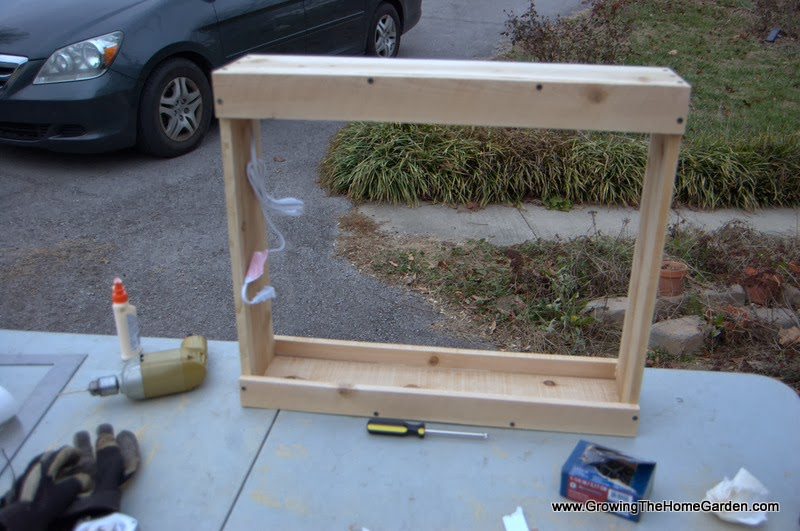 Garden Project: Making an Indoor Planter with Growlight ...