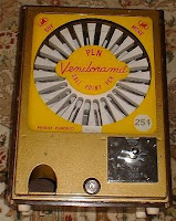 Ballpoint Pen Vending Machine6
