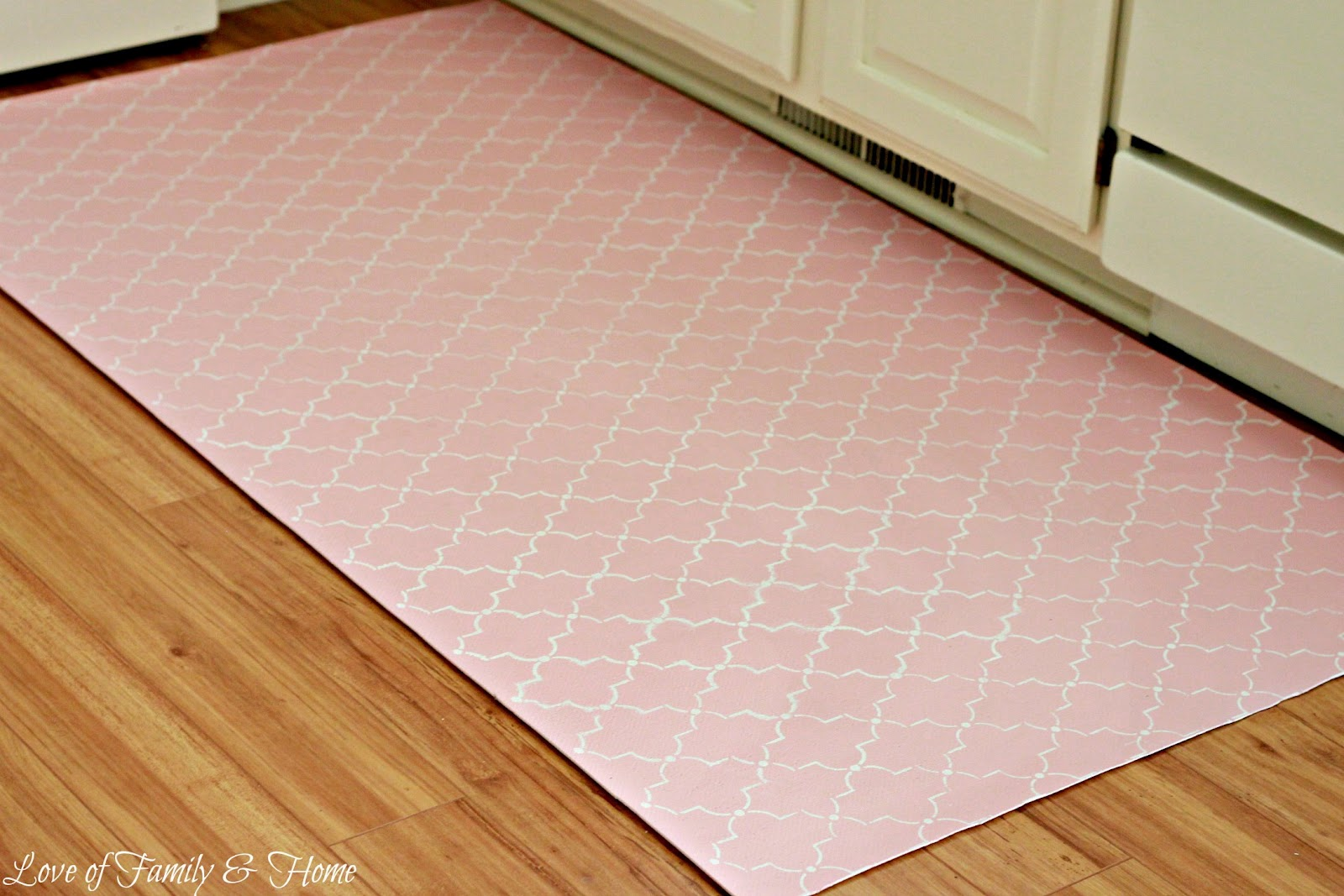 Laundry room mat rug room ornament for What paint to use on vinyl floor