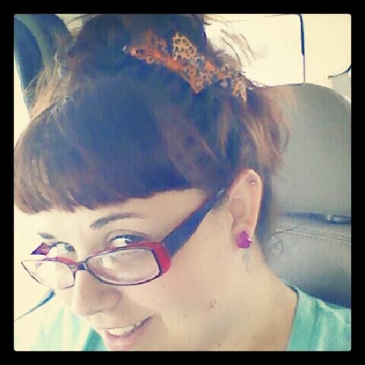 Luv hair bows
