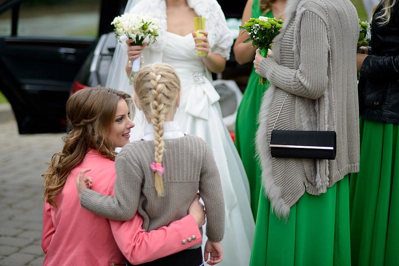 vaikai per vestuves