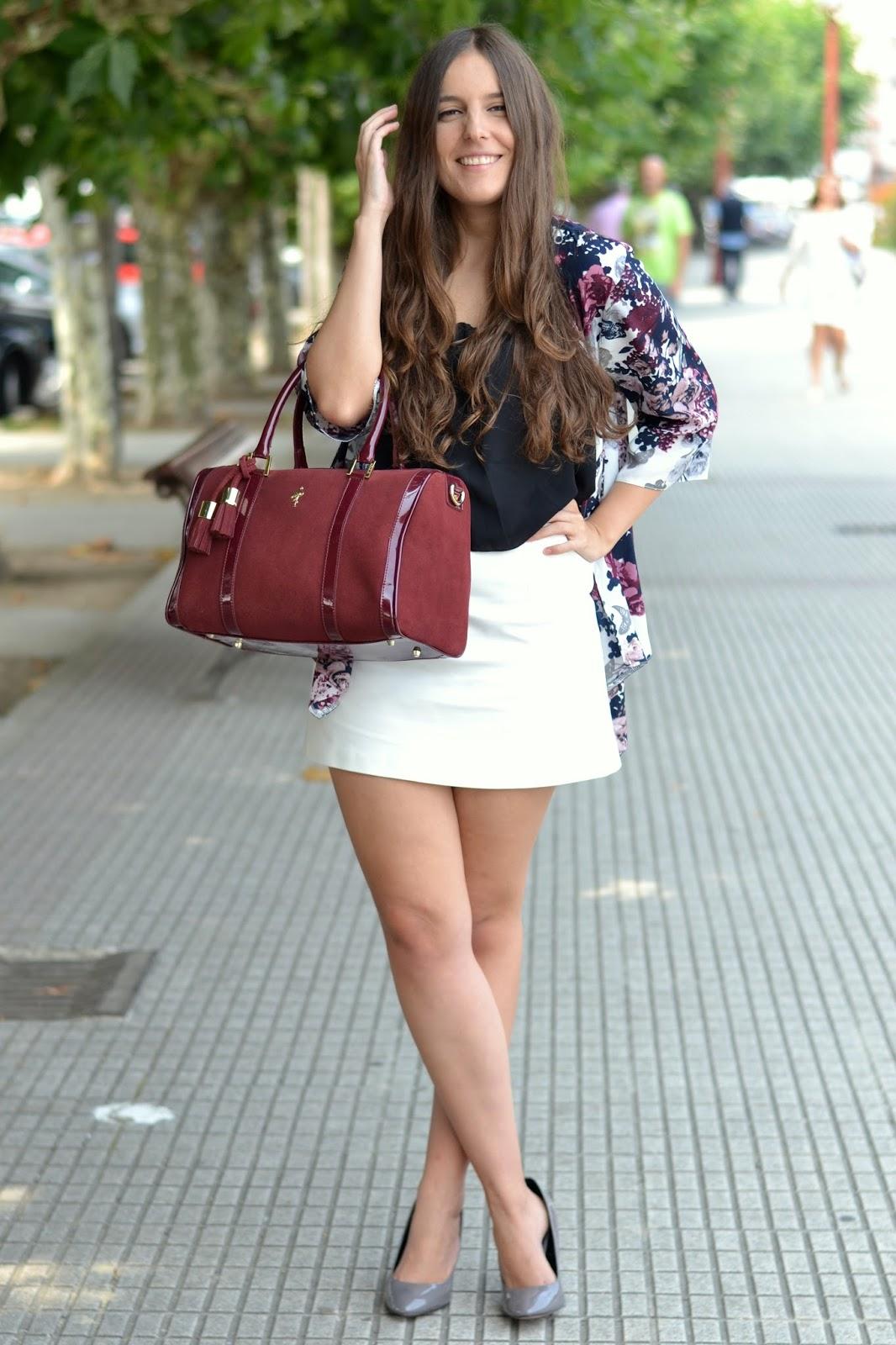 outfits burgundy bag