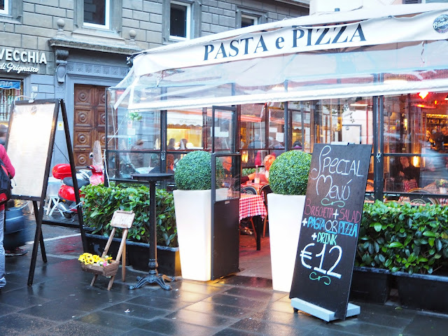 pizza, pasta, italia, italy, rooma, roma, rome, trastevere, ristorante, travel, matkat, ideas, tips, ideat, vinkit, kokemukset, matka vinkit, matka ideat, travel ideas, travel tips, travels, matkustaa, pasta, pizza, turisti menu, menu, tourist menu, special menu, ruoka, juoma, syödä, juoda, kokemus, kokemuksia, against tourist menu,